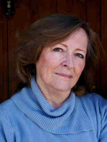 Donna Meyer, novelist, journalist, freelance writer and webmaster. Writing instructor, San Miguel de Allende, Mexico