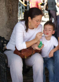 Blowing bubbles in the Jardin, San Miguel de Allende