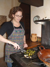 Kris Rudolp teaching Mexican cooking, San Miguel de Allende