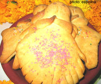 Pan de Muerto in the shape of a doll for Mexico's Day of the Dead, San Miguel de Allende