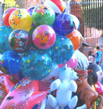San Miguel Balloon Seller in the Jardín