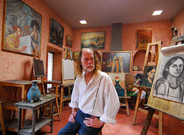 San Miguel Artist Keith Keller in his studio in San Miguel de Allende