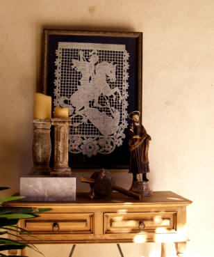 A wall shrine as home decor, San Miguel de Allende