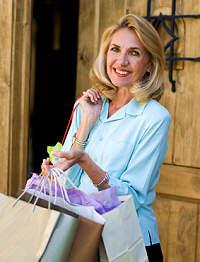 Woman with shopping bags, San Miguel de Allende